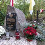 Kamień Upamiętniający 100 -lecie Odzyskania Niepodległości przez Polskę. Kępiaste