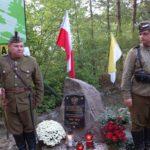 Warta Honorowa przy Kamieniu Upamiętniającym 100 -lecie Odzyskania Niepodległości przez Polskę. Kępiaste