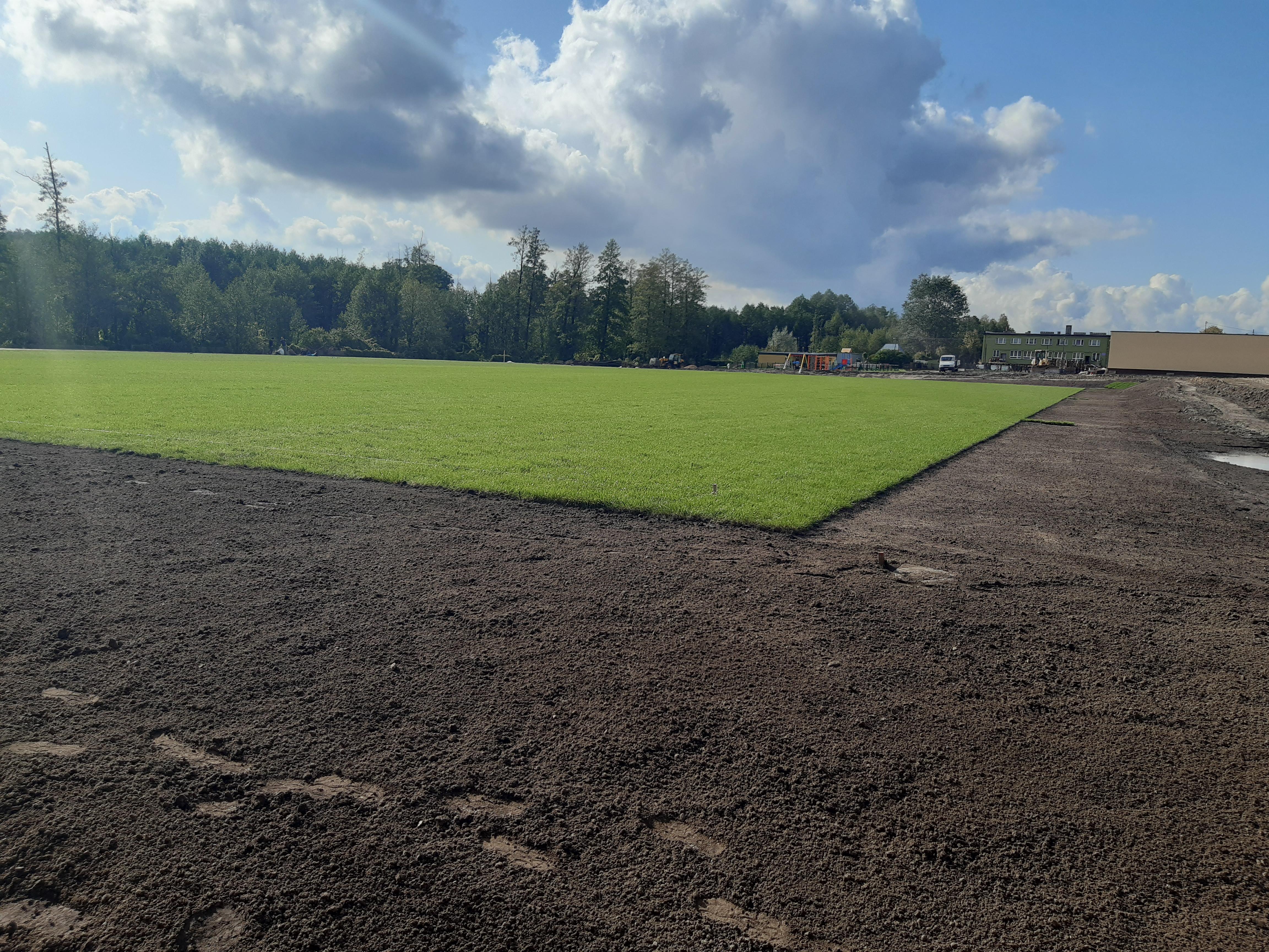 Nowe boisko w Pokrzywnicy